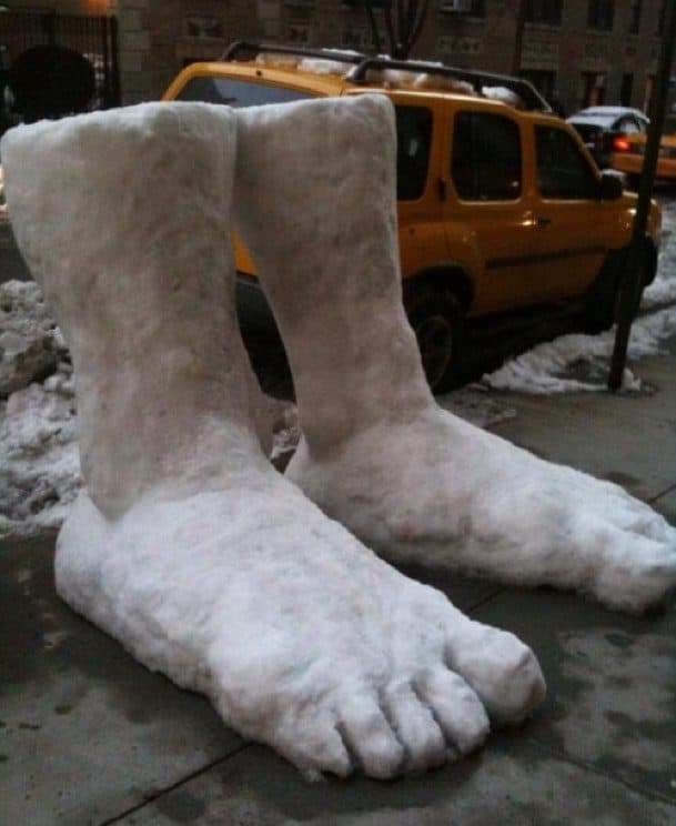 2 feet of Snow in the East Coast