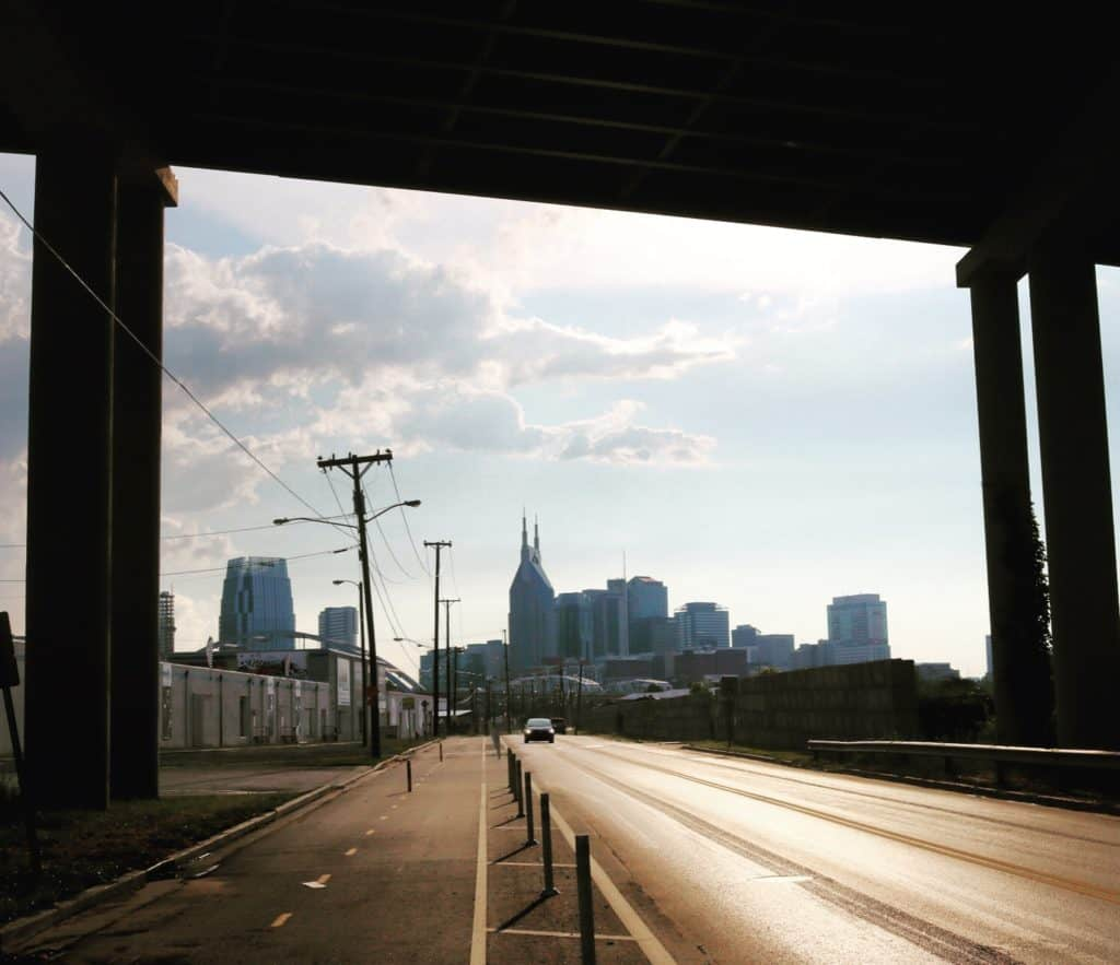 Hello Nashville! I wasn't going to stop, but you pulled me into your arms with a sweet sweet tailwind. Thank You! I'm staying at the hipster hostel with some dude who was just hiking the AT! Off to find some #burgers #beers #babes #transam2016 #biketouring #framedview #nashville