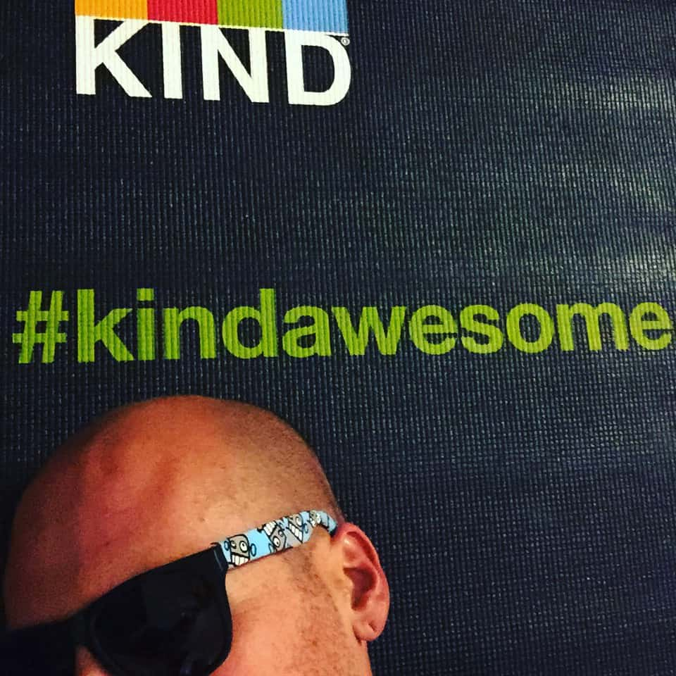 It's #kindawesome that #KindBar gave me a yoga mat to take on my bike ride across America! #duderobot #duderobotsunglasses #mikeriscicavip @kindsnacks #aiacon16 #yogaaroundtheworld #livekind #nowservingbreakfast #mayorofwalmartcity