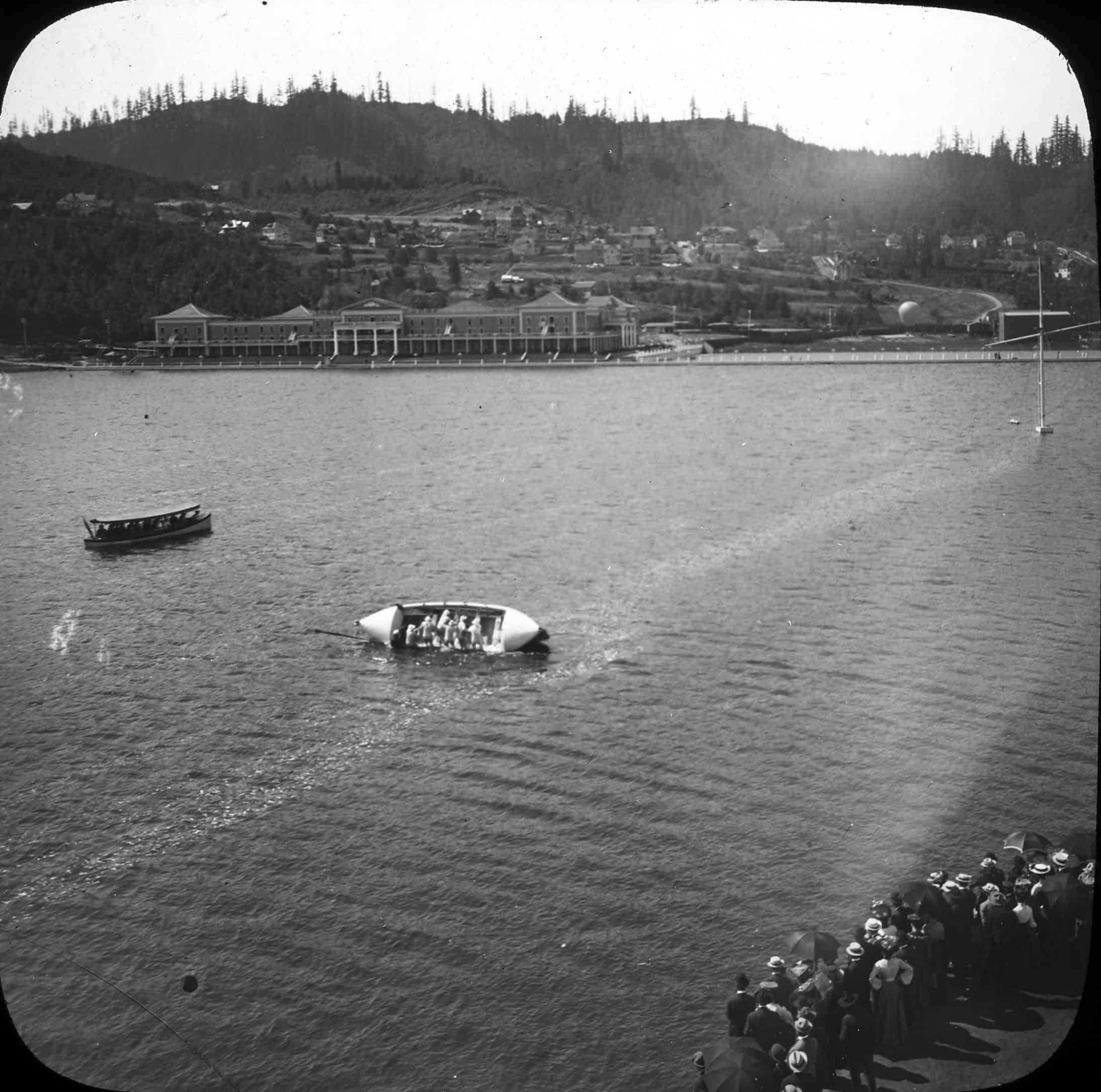 18-Water stunt