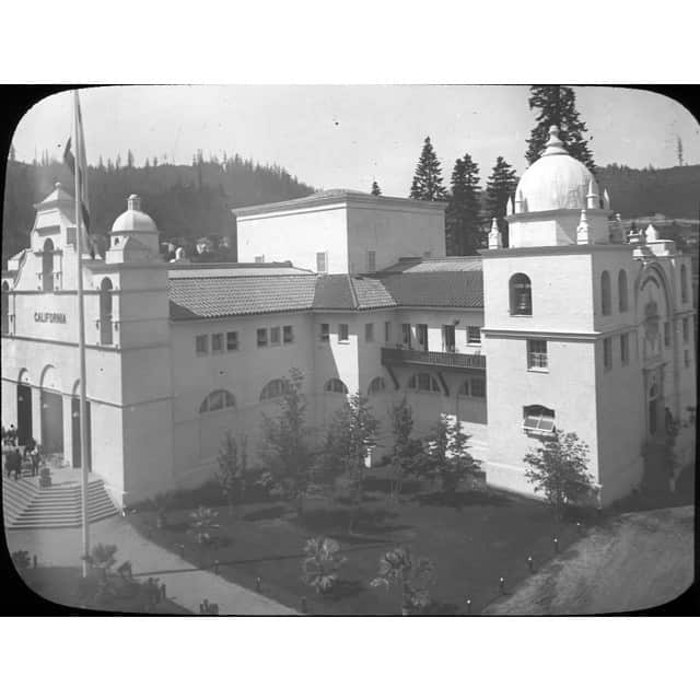 Picture of the 1905 Lewis and Clark Exposition in Northwest Portland