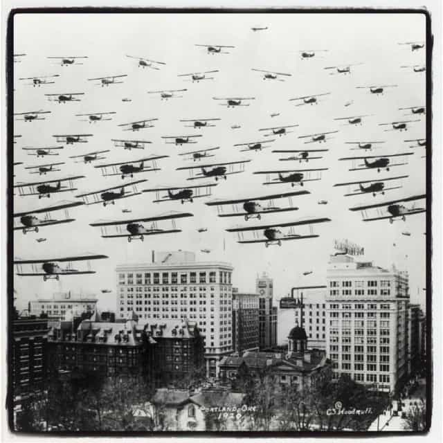 Downtown Portland Oregon be swarmed by Aircraft
