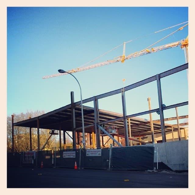 Construction of the Stadium Fred Meyer on West Burnside